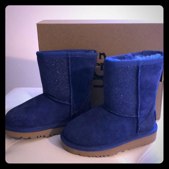 4862b296f97 UGG Toddler Girl Boots Size 8 NWT